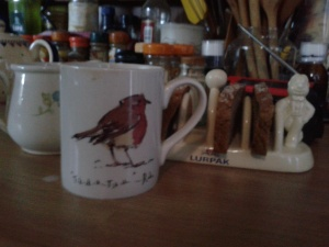 Robin mug with favourite toast rack