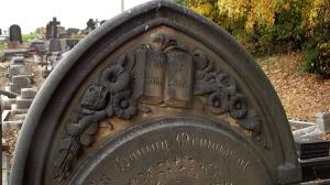 Headstone, Hyde Park Cemetery, 2016